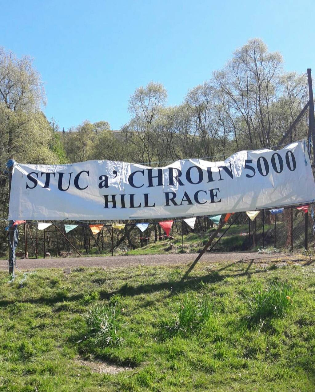 Spectating at Stuc a' Chroin Hill Race